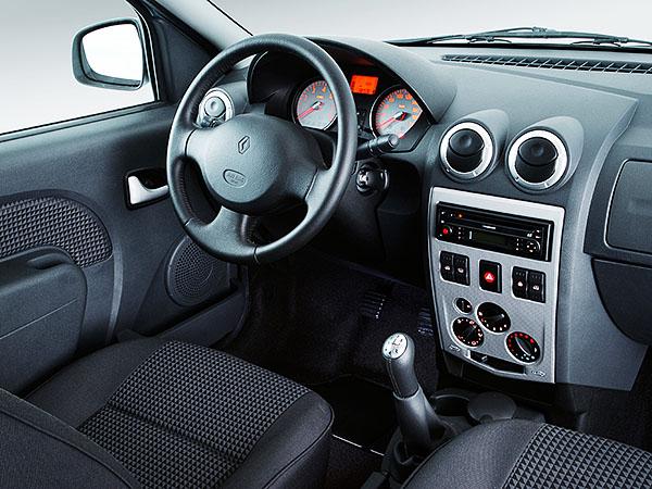 Торпедо Renault Logan I поколения до рестайлинга