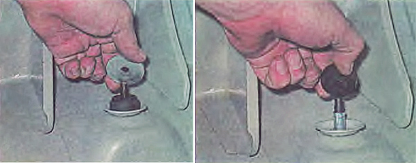 Снимаем со штока упорную шайбу и резиновую подушку.