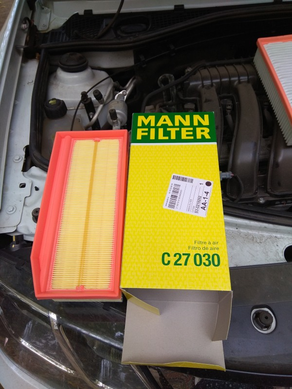 Воздушный фильтр Renault Duster