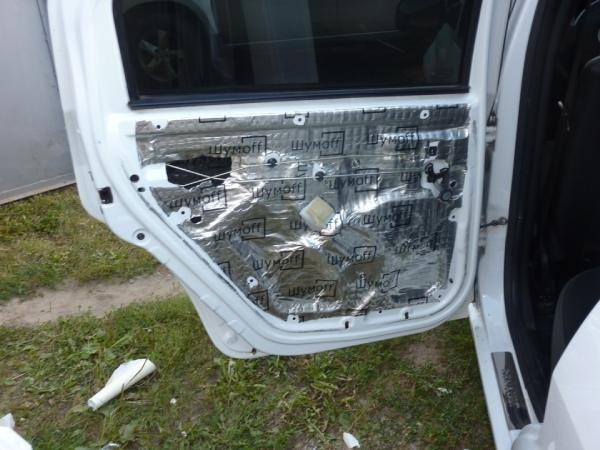 Шумоизоляция дверей Renault Logan
