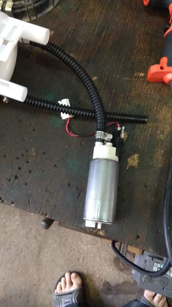Разбираем топливный модуль Duster