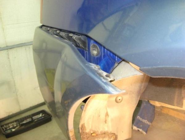 Меняем бампер на Renault Logan 2