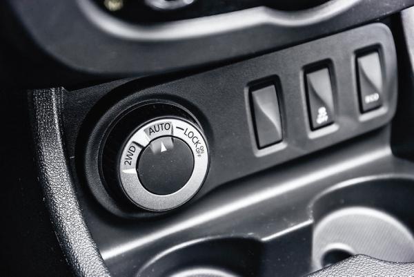 Режим AUTO Renault Duster