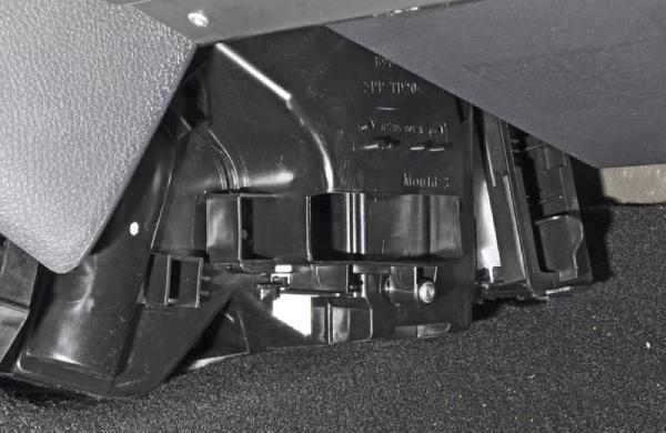 Меняем салонный фильтр Renault Duster