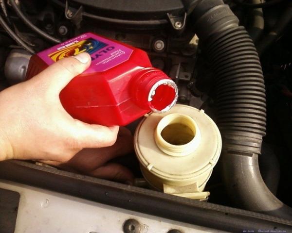 Замены жидкости гидроусилителя Renault Duster