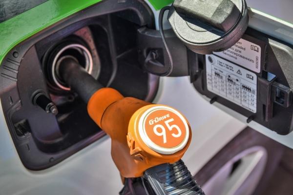 Какой бензин заливать в Renault Duster