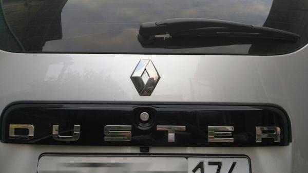 Устанавливаем камеру на Renault Duster