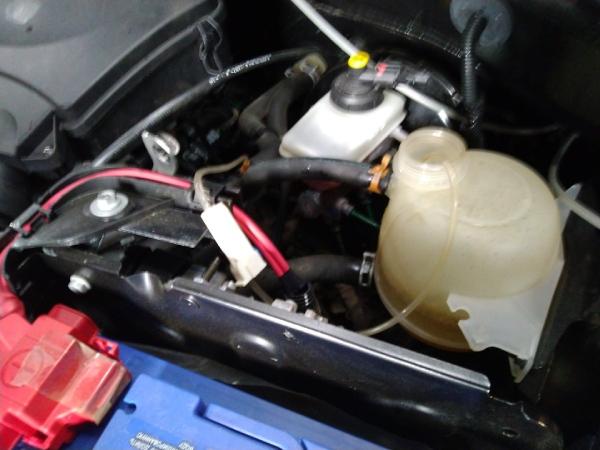 Промываем систему охлаждения Duster