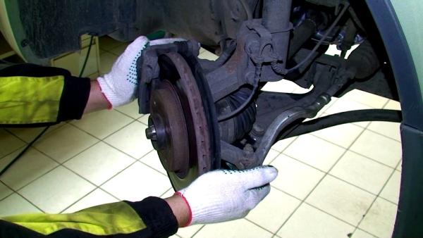 Диагностируем наконечники Renault Duster
