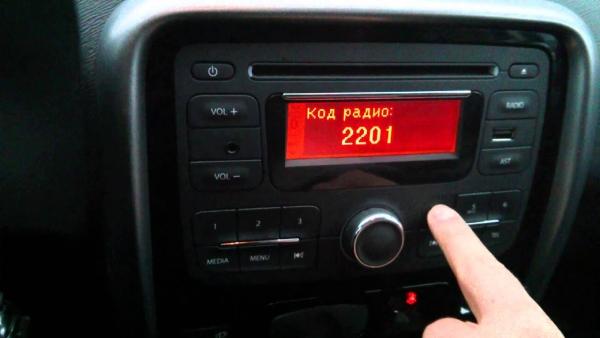 Как ввести код радио на Duster