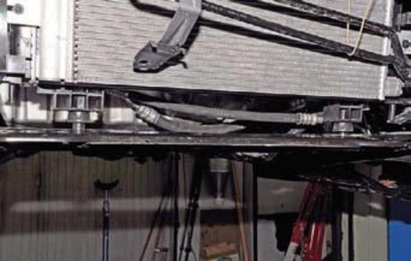 Снимаем подрамник на Renault Duster